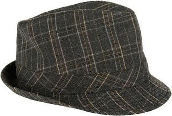 En cuanto a gorras, la moda apunta en que las veremos amplias y con visera. De lana, como este modelo de Mango, resultan muy suaves para la piel y tienen el