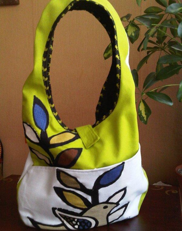 Este tipo de bolsos es preciso para temporadas como verano y primavera