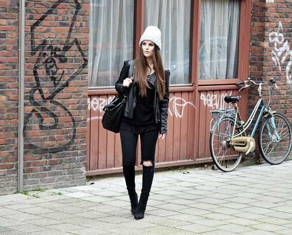 Un outfit rockero y osado no puede estar completo sin un beanie que destaque